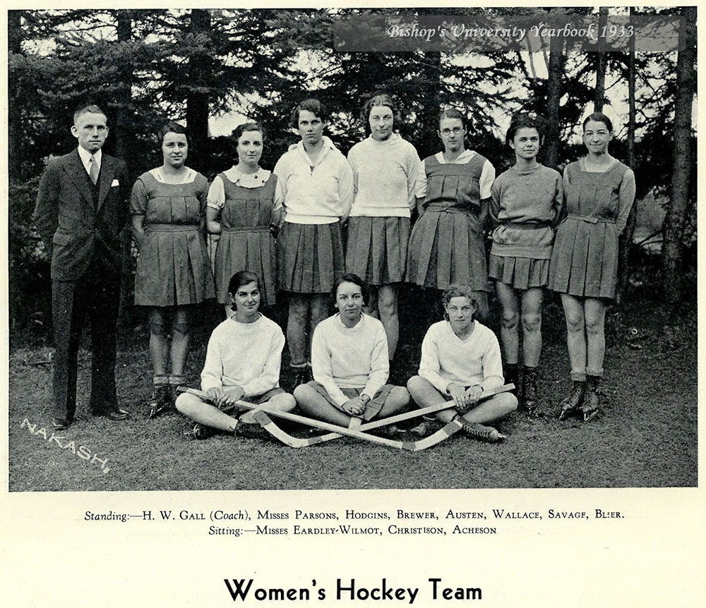 Women's Hockey team in 1933