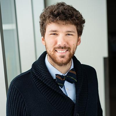 Dr. Andrea Giusti